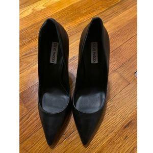Steve Madden black heels. Size 10